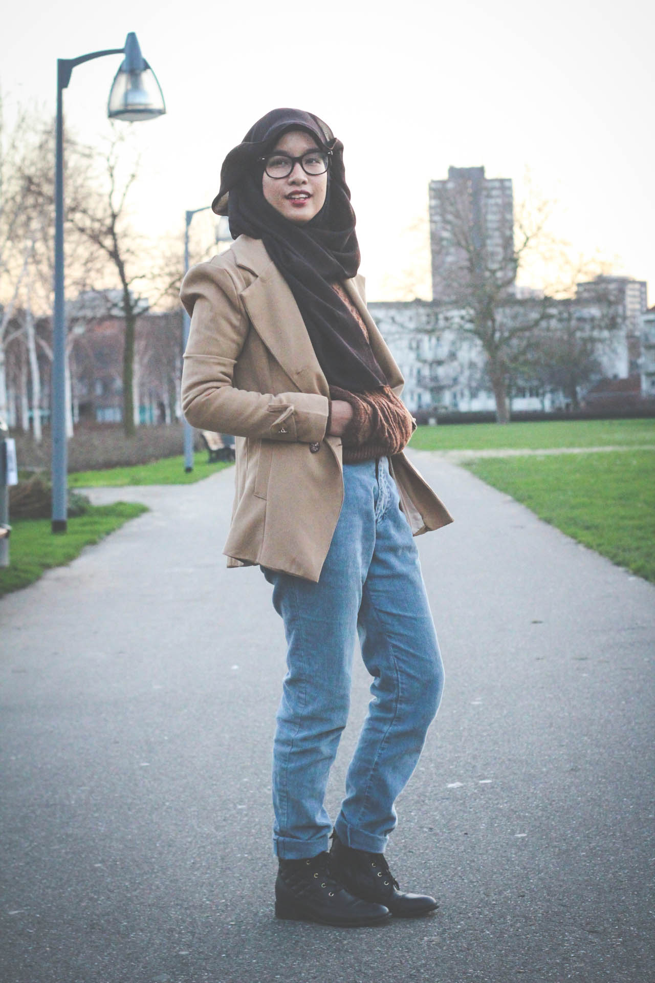 Sweater, Trench, Trench coat, Trenchcoat, Hijab, Fashion, Fashion blogger, Style