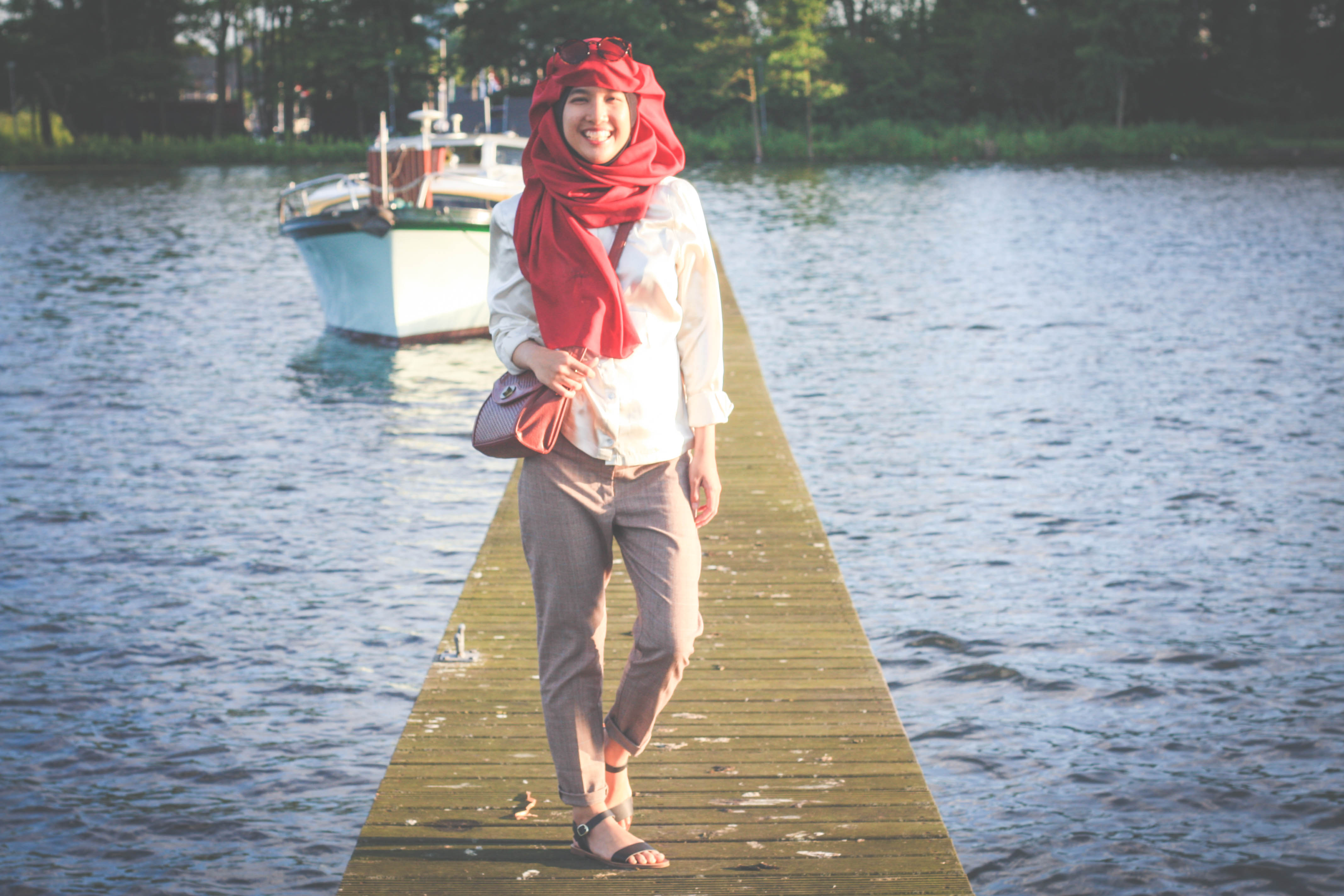 fashion, style, satin, fashion blogger, style blogger, fashion blog, singapore fashion blog, hijabi blogger, tudung, hijabi style, hijab style, netherlands, international blogger, rouge and ruche, rouge, ruche
